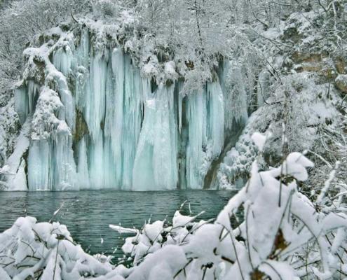Advent na Plitvicama romantična ponuda