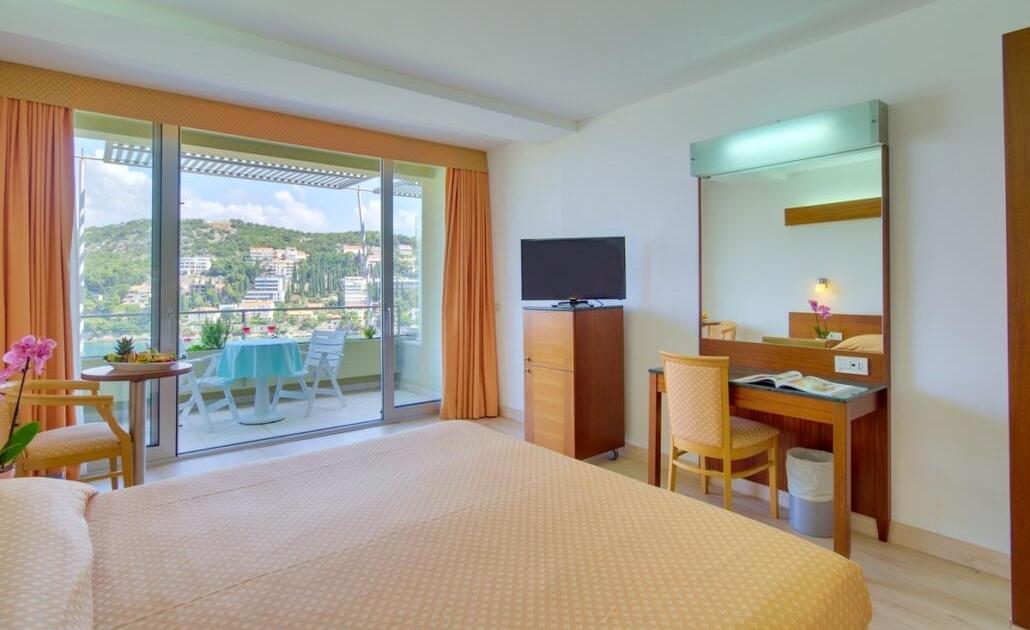 Proljeće u Dubrovniku u Hotelu Uvala 4
